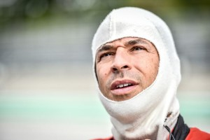 Helio Castroneves a 3