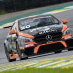 Roger Sandoval larga na frente no Mercedes-Benz Challenge em Interlagos